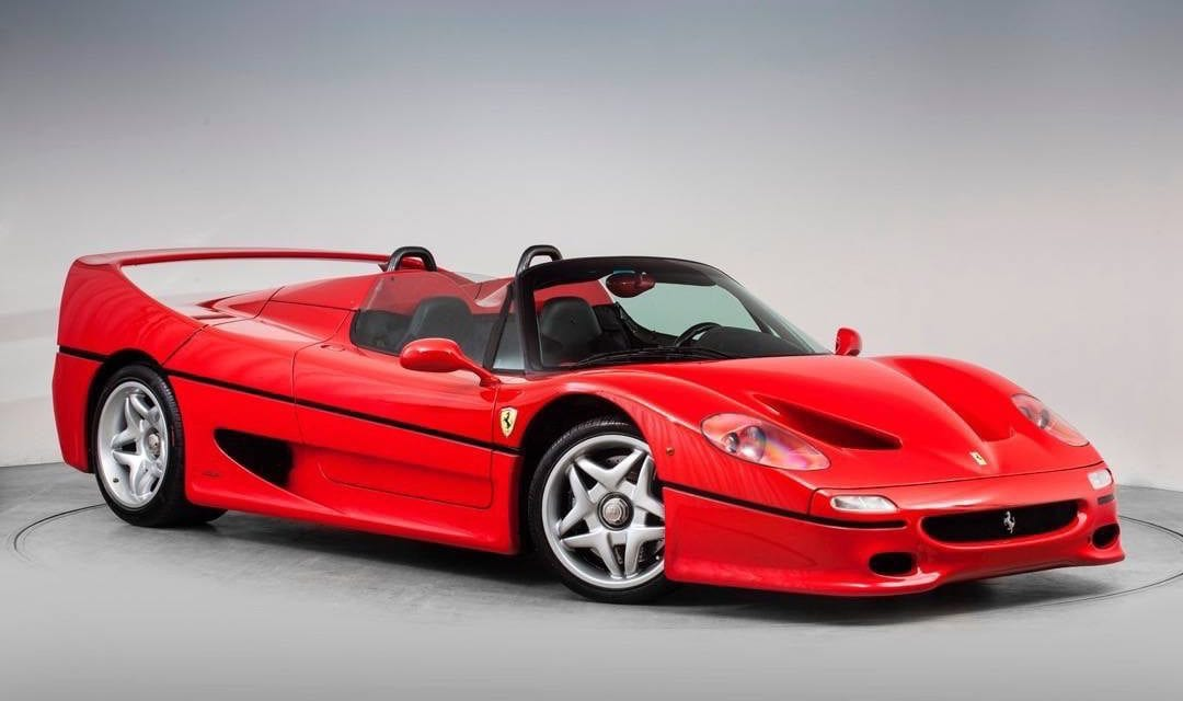 Review: Ferrari F50 – Inside, Outside & Engine Start + Why its worth over £2m!
