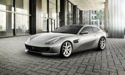 Opportunist Thief Steals Ferrari from Driveway