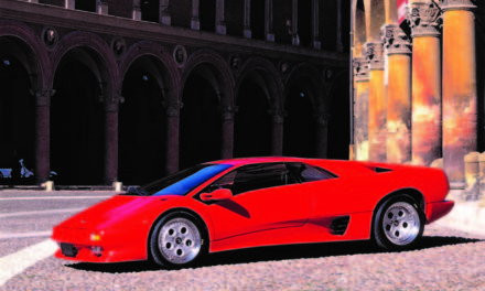 Lamborghini Diablo VT – The Hypercar That Borrowed from an SUV