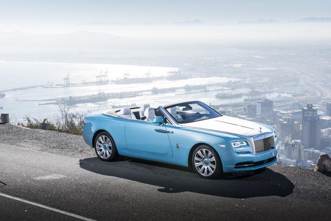 Rolls-Royce Dawn Videos