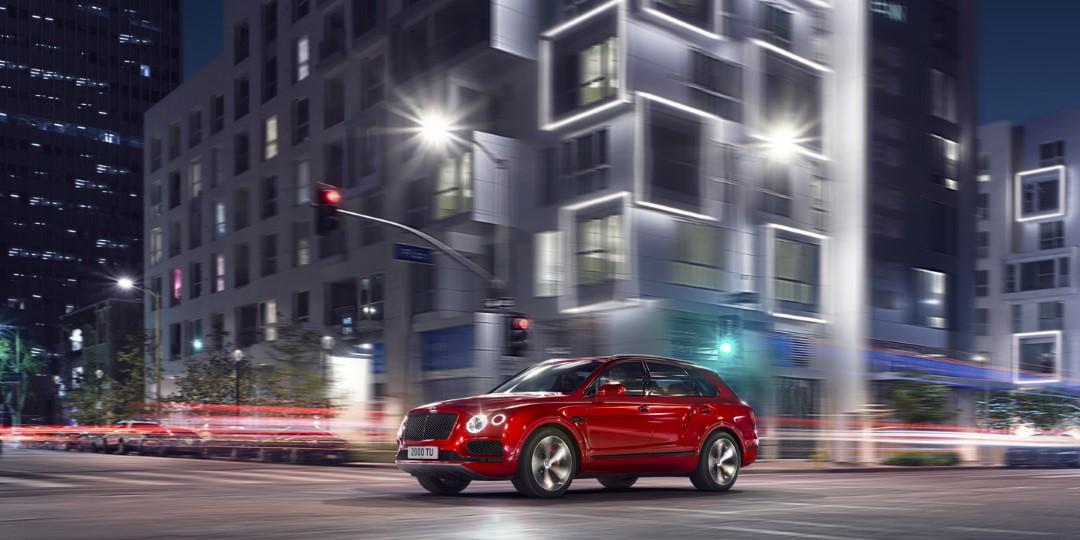 Bentley Bentayga V8 Videos