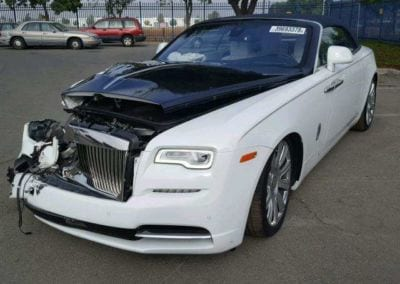 SupercarTribe Handy with a Tool Kit How about Buying a Crashed Rolls Royce 0001