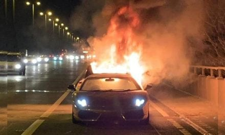 Lamborghini Gallardo Destroyed by Fire on M6
