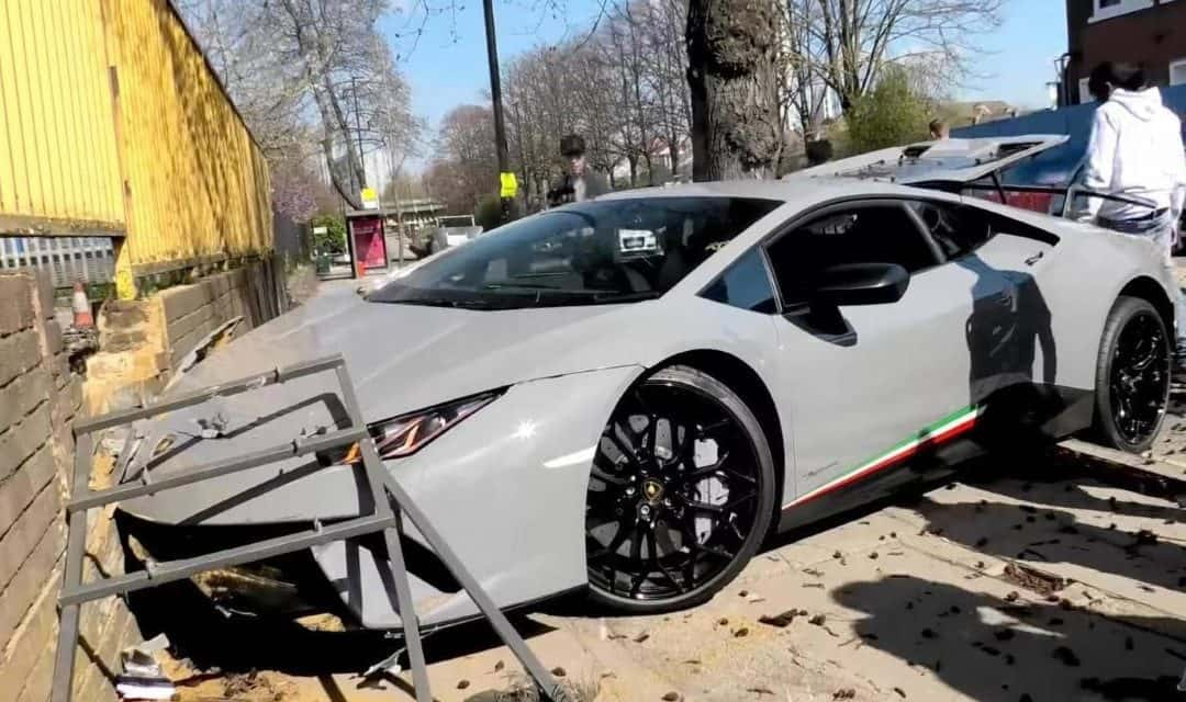 Lamborghini Huracan Crash Mars London Supercar Event