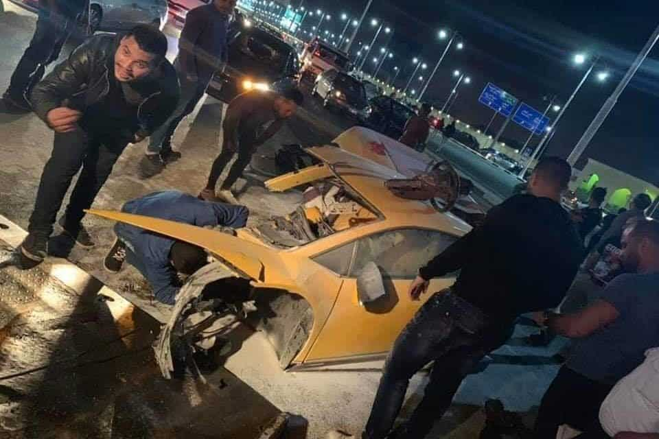 Lamborghini Huracan Splits in Two – Horrific Crash in Egypt