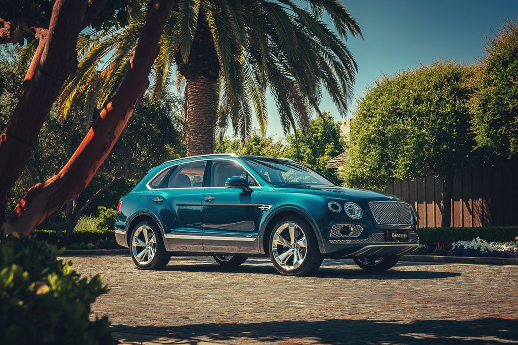Bentley Embraces Electrification with Bentayga Hybrid