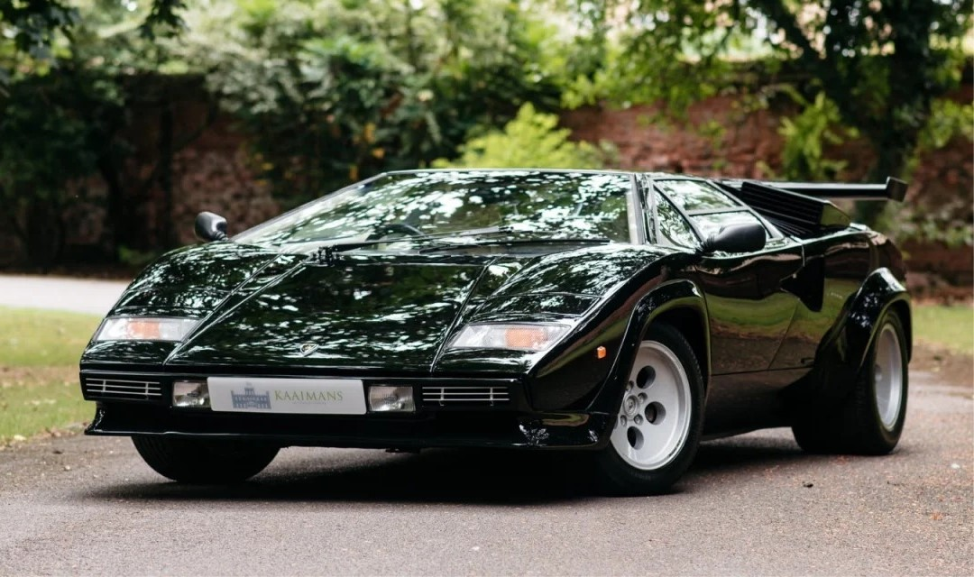 Friday Drool – One Owner and 5000miles Lamborghini Countach LP5000S