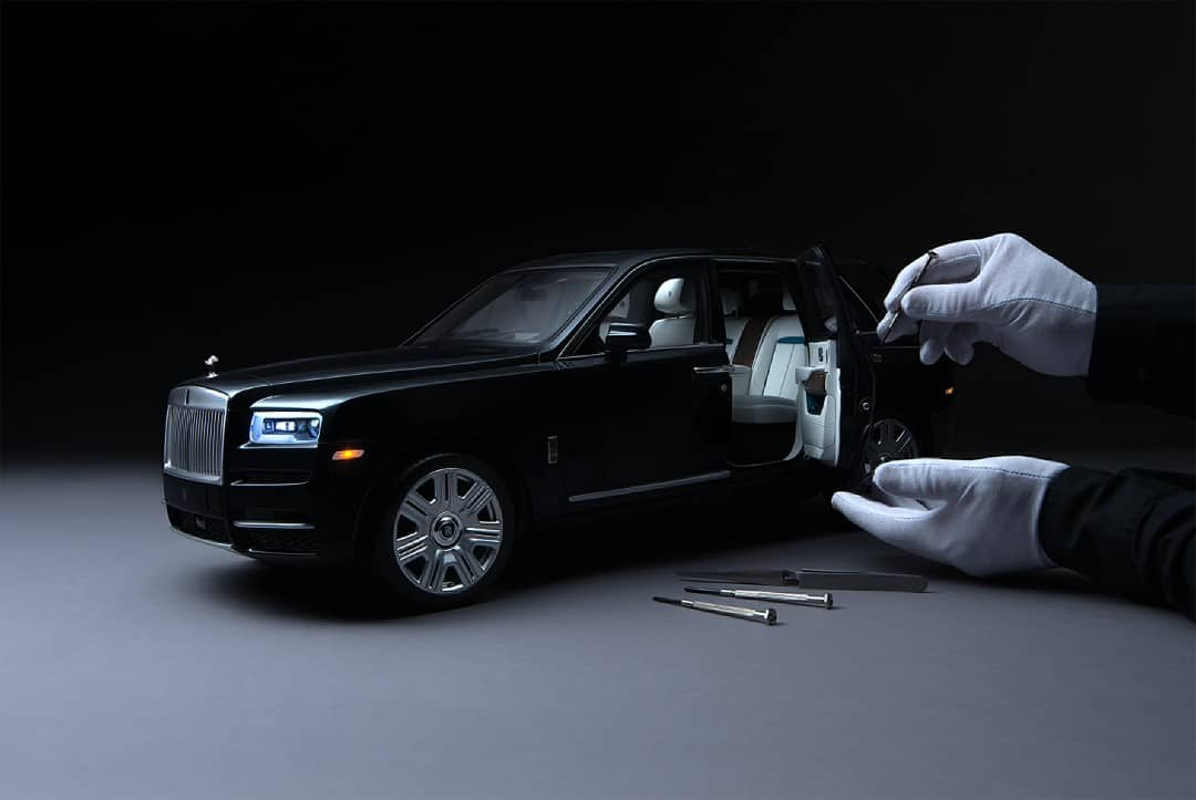 Rolls-Royce Cullinan in Perfect 1/8th Scale Detail